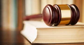 5 Reasons to Hire a Criminal Lawyer