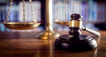 6 Reasons to Hire an Attorney