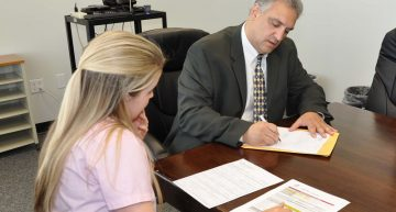 Things to Consider When Choosing a Divorce Lawyer