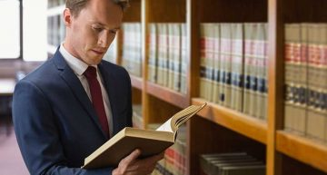 5 Reasons to Hire a Lawyer