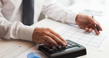 Ease Your Job By Hiring A Business Debit Service For Fast Collection