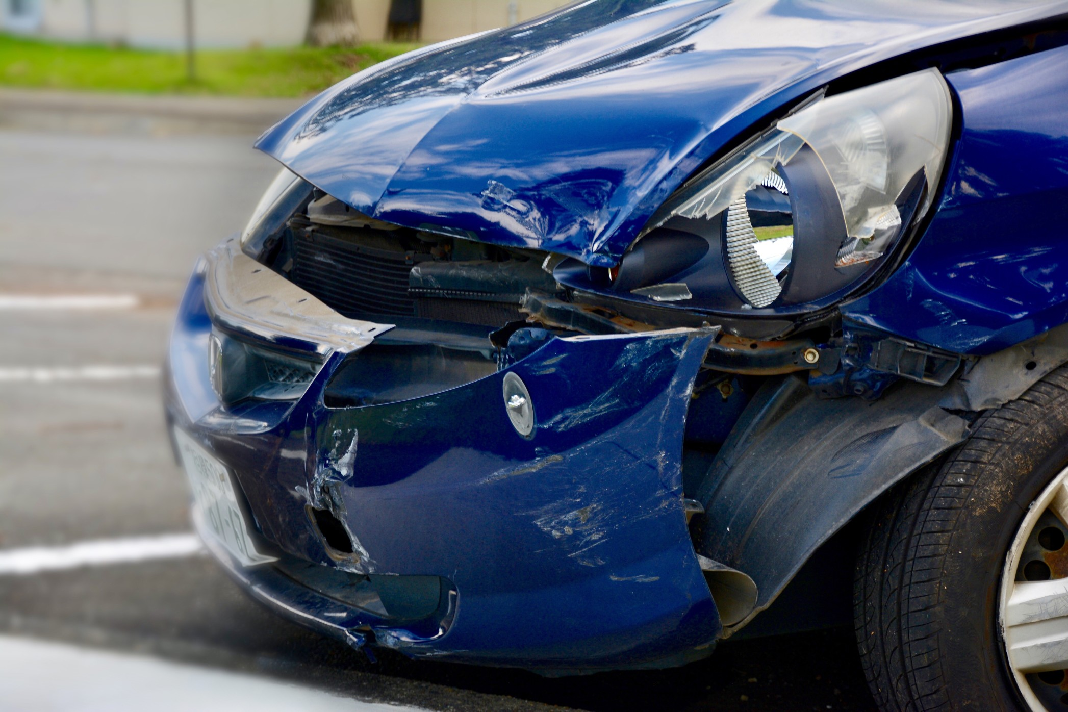 Talk to a Personal Injury Law Firm After a Serious Car Accident
